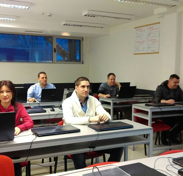 Java programeri prvi pohađaju napredni nivo obuke