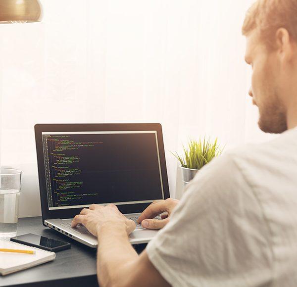 Pokrenute online obuke za programiranje u Code-u